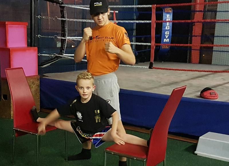 Oliver at T6 Gym in Burlsem