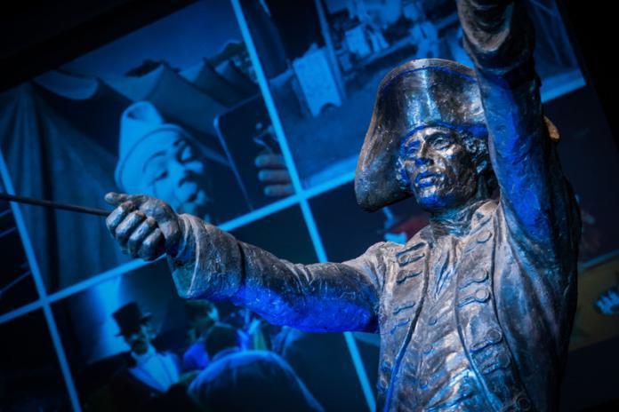 statue-of-philip-astley