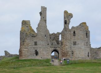 crumbling-castle-from-northumberland-with-diane-leopard