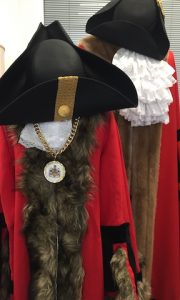 newcastle-under-lyme-mayors-outfit