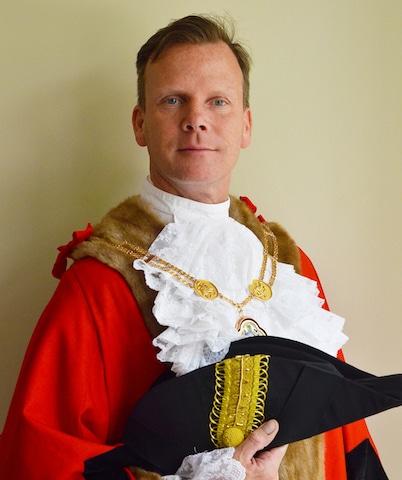 councillor-simon-white-mayor