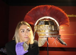 stoke-on-trent-councillor-lorraine-beardmore-with-staffordshire-hoard-exhibition