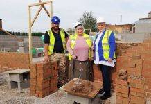 councillor-joanne-powell-beckett-and-site-manager-saul-cliff-andAngela-ward-from-donna-louise-trust-at-thenew-affordable-homes-building-site